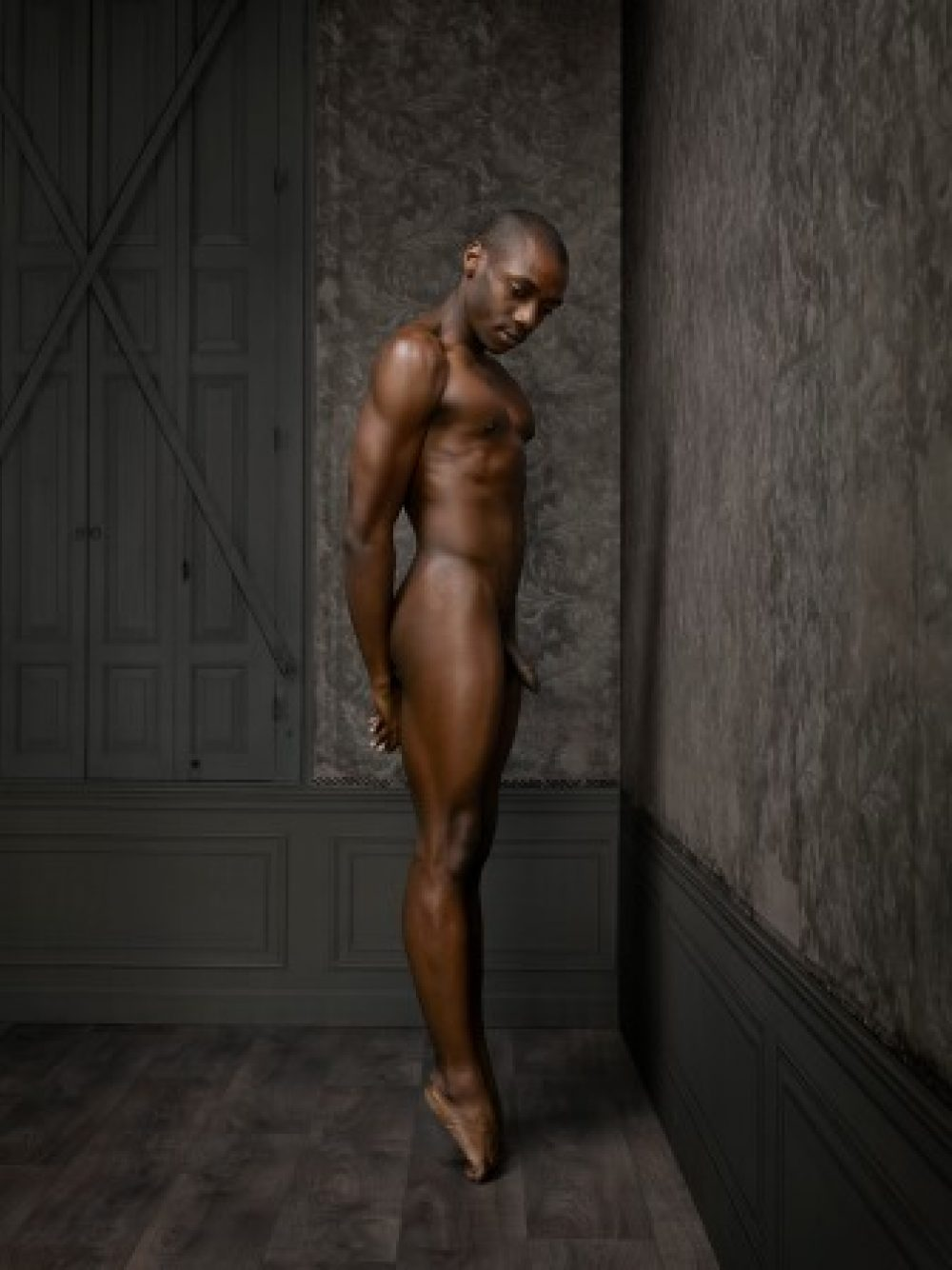 Skin Deep: Male Nude No. 2 (2015), archival print, 130 x 100 cm, Ed. 7, und 80 x 60 cm, Ed. 10