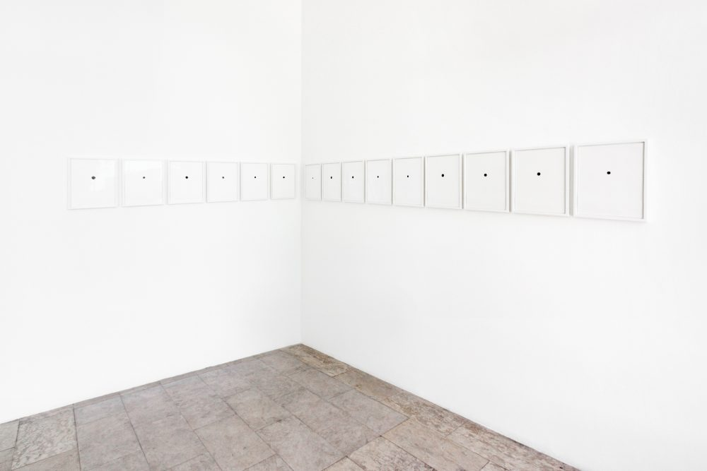 Installationsansicht 2015: Full Stopp Serie