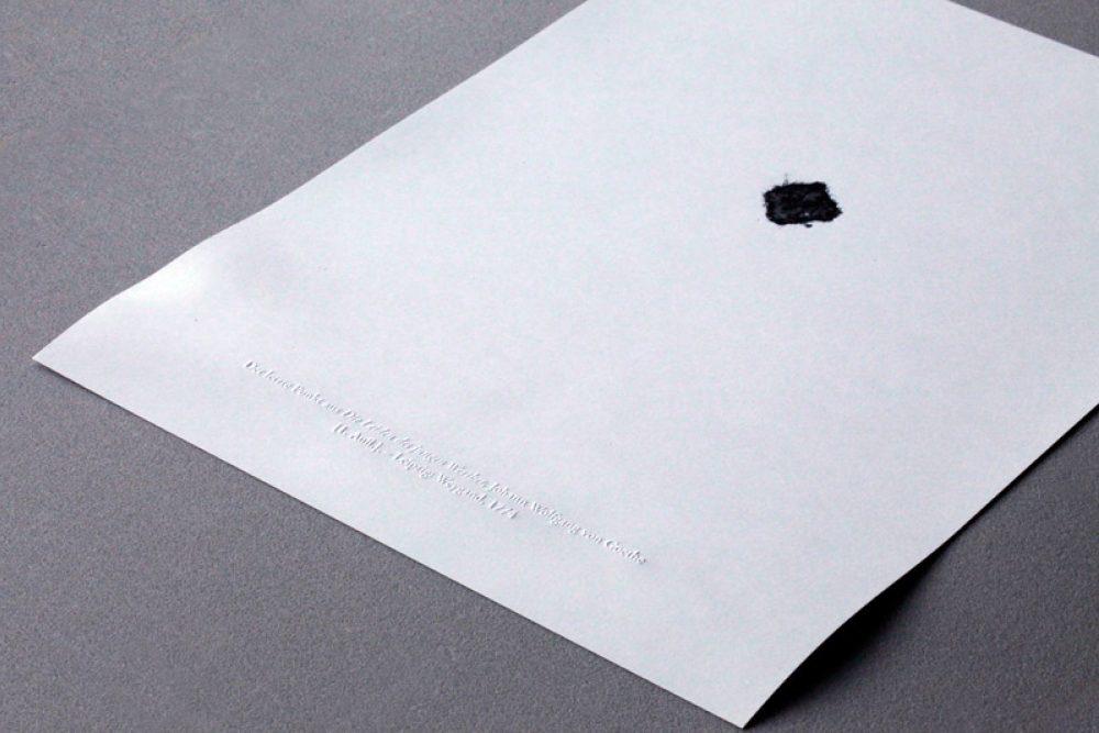 Full Stop (2013), hier: J. W. Goethe - Die Leiden des jungen Werther, Papier, 15-teilige Serie, jeweils 40 x 30 cm
