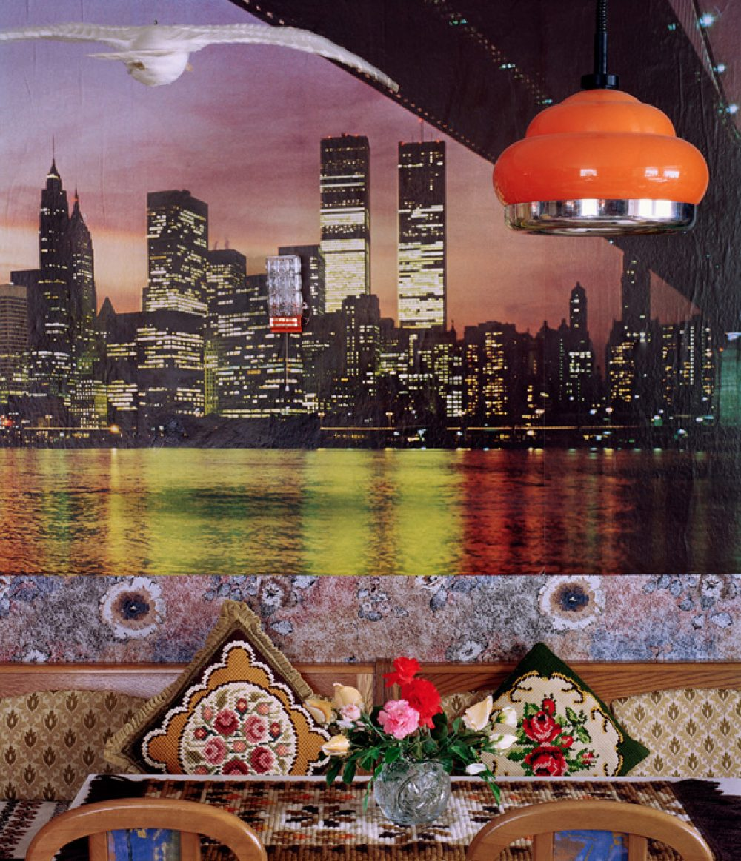 Nordseemöwe vor Manhattan (2001/2014), Archival Pigment Print, 92 x 80 cm, Ed. 8