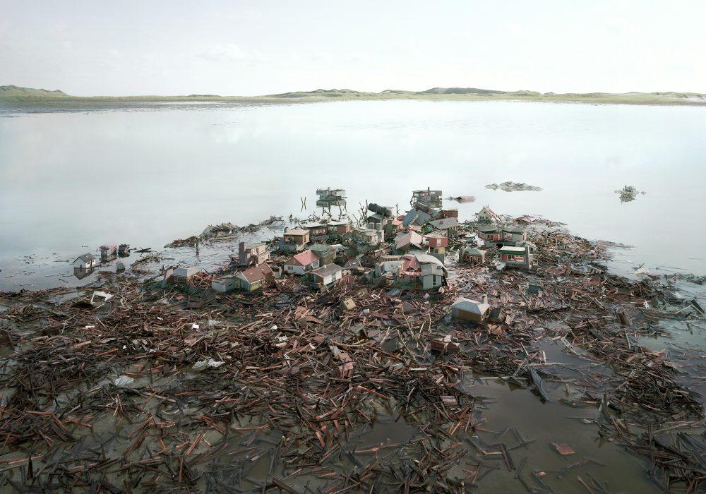 After the flood (2012), Lambda Print/Diasec, 140 x 200 cm, Ed. 5 in und 95 x 135 cm, Ed. 7